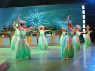 Intermède danseuses